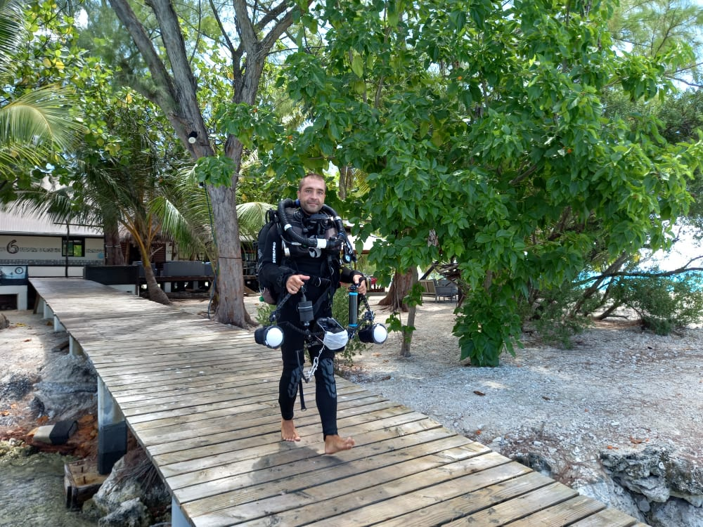 daniele come's to dive with his rebreather